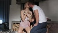 HD 21Naturals - Cayenne Klein spends Christmas naked with her love